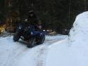 крутые повороты, снег и квадроциклы